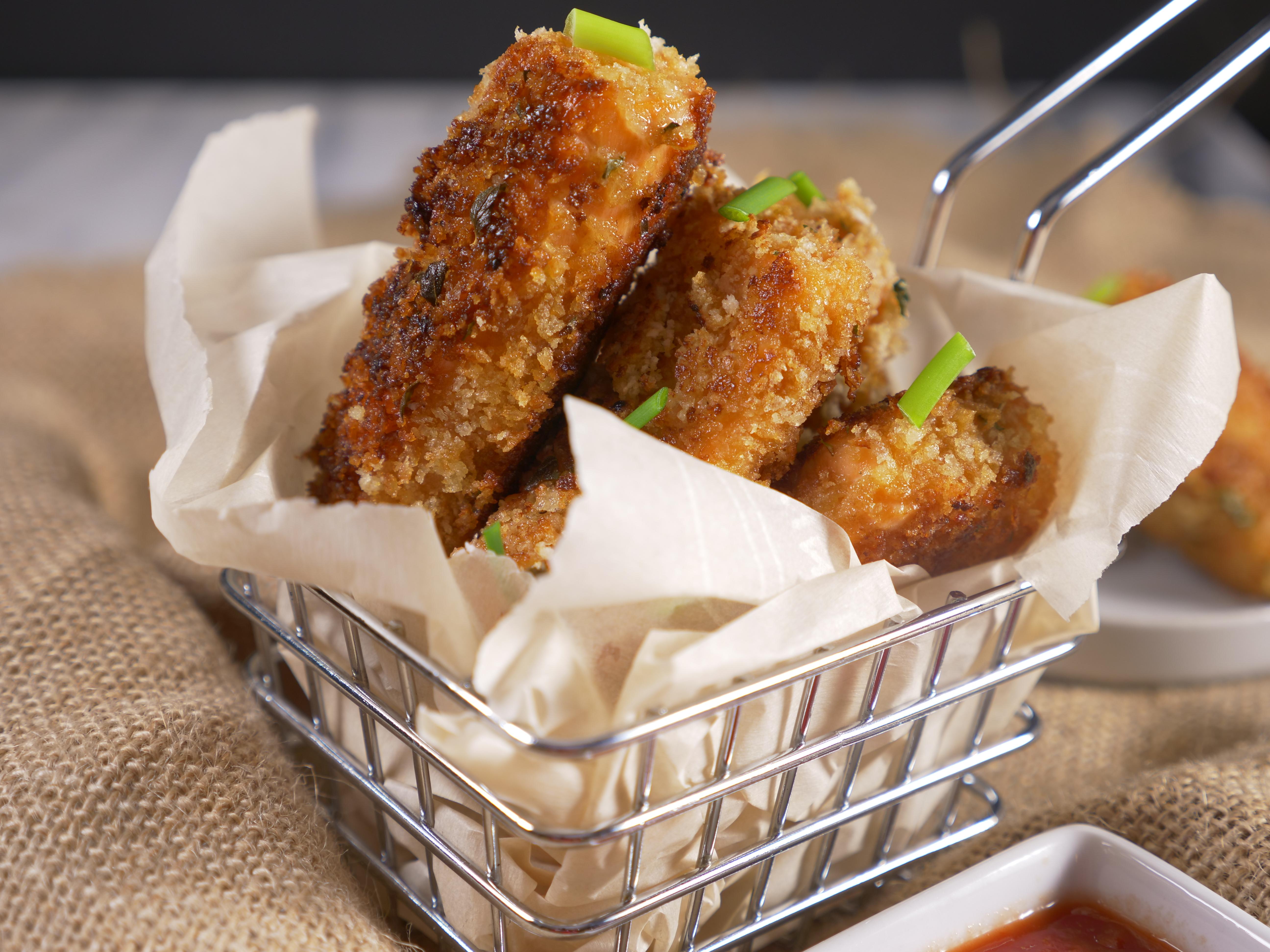 Easy Weekday Dinner Recipe Panko Crusted Salmon Strips
