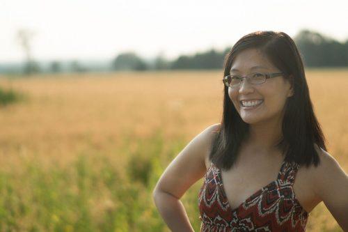 Food Blogger Joyce of Cooking Headshot